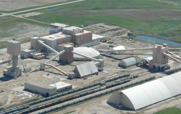 AGRIUM, POTASH CORP OF SASKATCHEWAN CONFIRM MERGER TALKS